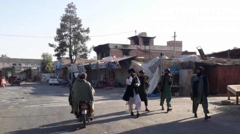 Afganistan' da Mezarı Şerif Düştü Taliban Kabil'e Yaklaşıyor