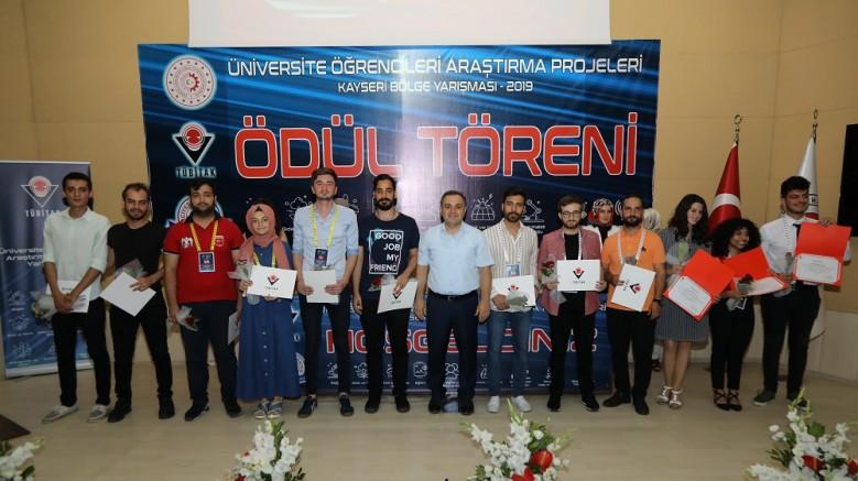 AGÜ Öğrencileri, TÜBİTAK Proje Yarışması'nda Bölge 1.'si Oldu