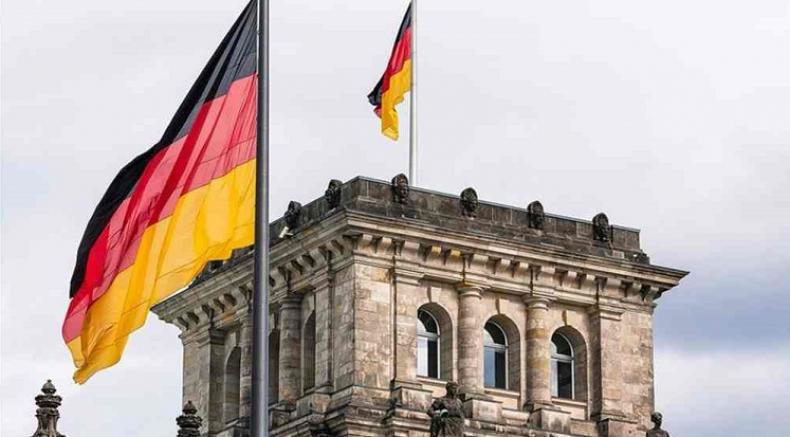 Almanya Türkiye'nin risk seviyesini düşürdü
