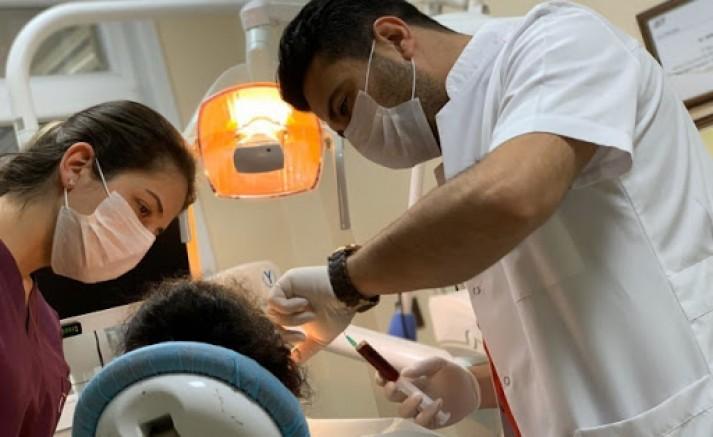 Apikal rezeksiyon ile dişin uzun yıllar kullanılması sağlanıyor