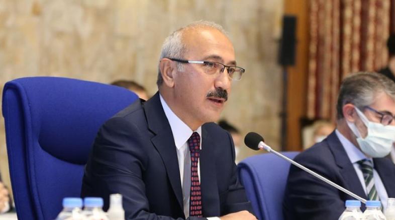 Bakan Elvan: Albayrak aleyhinde CHP tarafından yürütülen haksız ve seviyesiz söylemleri şiddetle kınıyorum