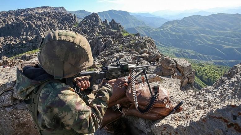 Barış Pınarı bölgesine saldırı girişiminde bulunan 4 terörist etkisiz hale getirildi