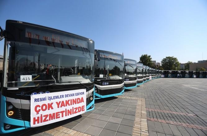 Büyükşehir 'in ulaşım filosuna 24 yeni otobüs katıldı