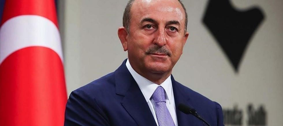 Çavuşoğlu: Fransa, AB'nin ve Orta Doğu'nun liderliğine oynuyor