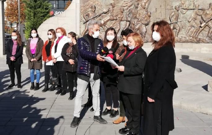 CHP Kayseri Kadın Kolları Başkanı Tosuner: ''Kadına Şiddet Politiktir''