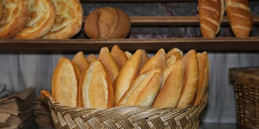 Ekmek kağıt veya plastik ambalaj içinde satışa sunulabilecek
