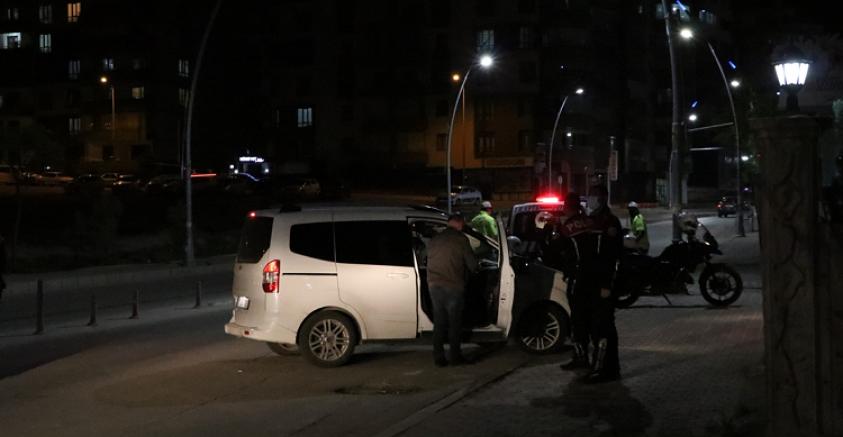 Erkek arkadaşı tarafından tabancayla vurulan kadın ağır yaralandı