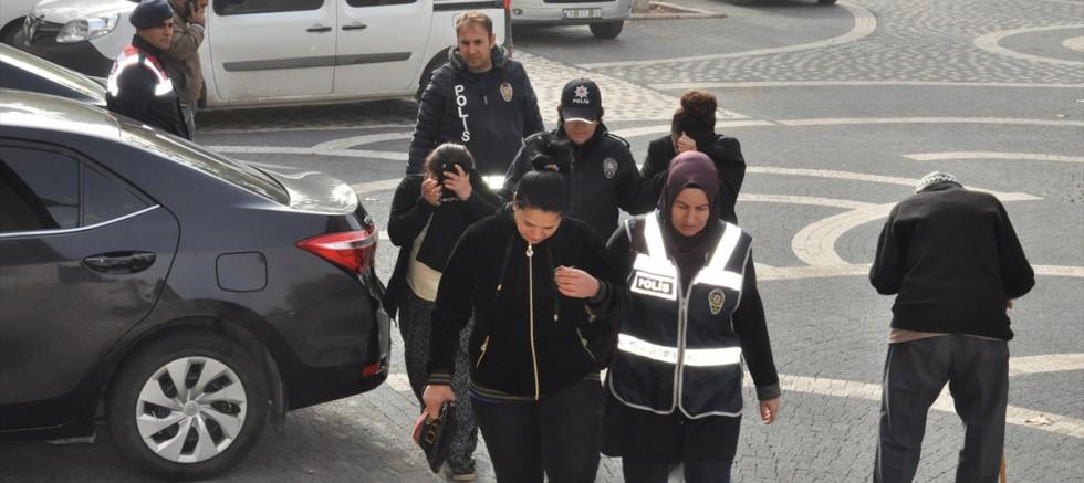 Fuhuş operasyonunda evli çift tutuklandı