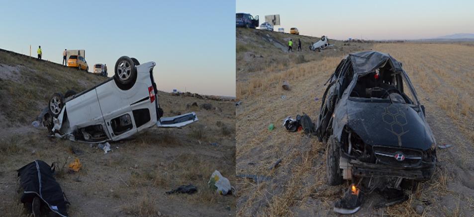 Hafif ticari araç ile otomobil çarpıştı: 2 ölü, 7 yaralı