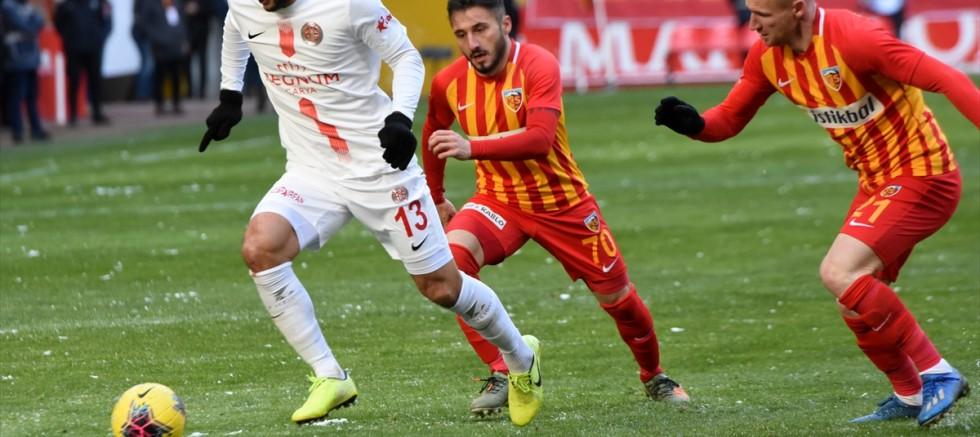 Hes Kablo Kayserispor: 2 - Fraport TAV Antalyaspor: 2