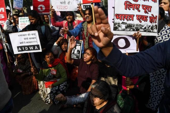 Hindistan'da polis, kadın veteriner cinayeti zanlılarını öldürdü