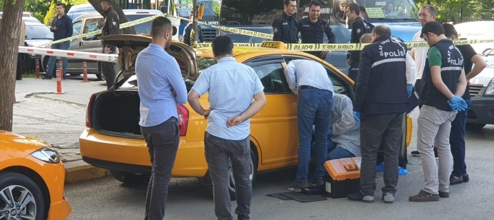 İki taksi şoförü arasında çıkan silahlı kavga kanlı bitti