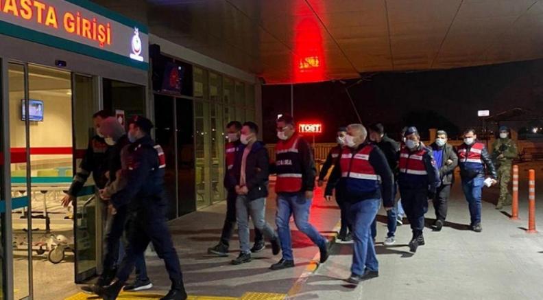 İzmir'de FETÖ'nün TSK yapılanmasına operasyon: 130 gözaltı