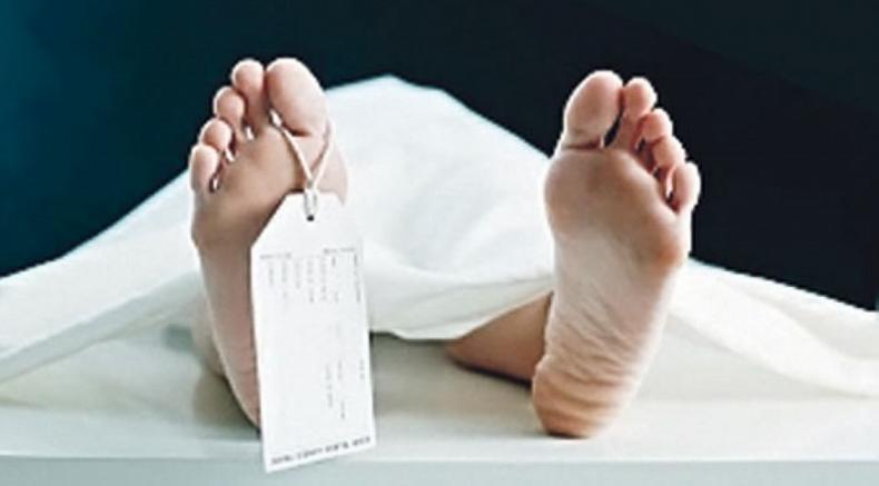 Kayseri'de 14. kattan otomobilin üzerine düşen kişi öldü