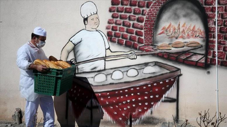 Kayseri' de cezaevlerinin ekmeğini hükümlüler üretiyor