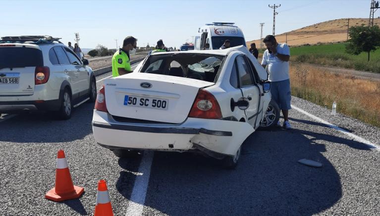 Kayseri'de devrilen otomobilin sürücüsü öldü