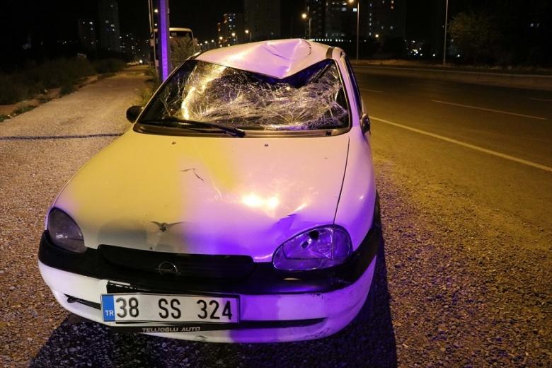 Kayseri' de Ehliyetsiz sürücünün çarptığı bisikletli ağır yaralandı