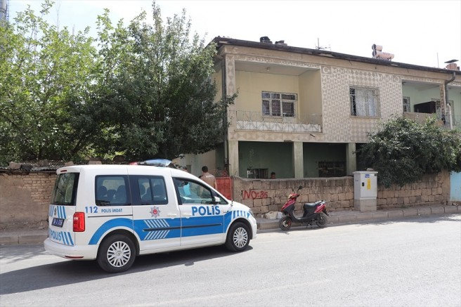 Kayseri'de eşi tarafından bıçaklanan hamile kadın ağır yaralandı