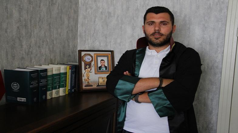 Kayseri'de kına gecesinde müziğe kendisini kaptırarak çekim yapan kameraman tazminata mahkum edildi