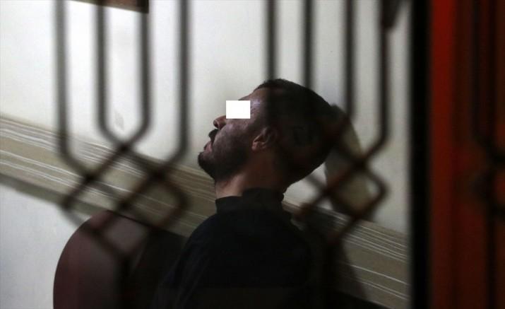 Kayseri' de Kocasının bıçakladığı kadın balkondan atlayarak kurtuldu