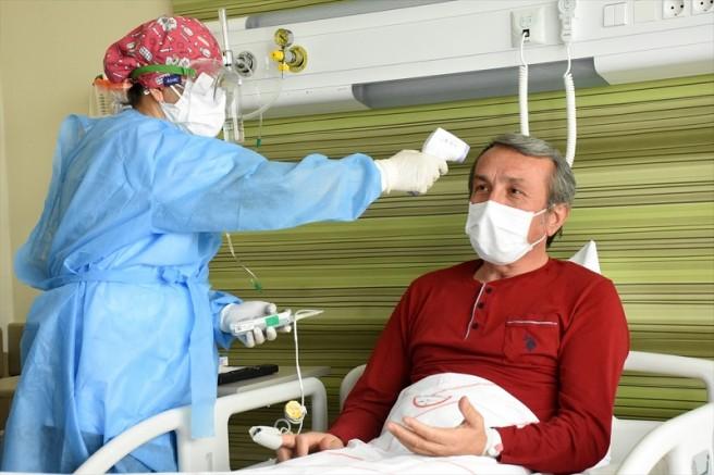 Kayseri'de Kovid-19 tedavisi gören Halk Eğitim Müdürü yaşadıklarını anlattı