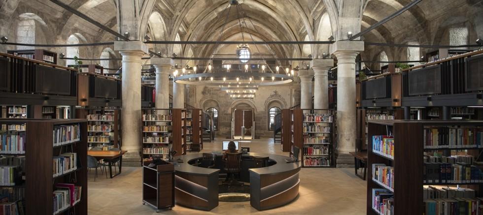 Kayseri'de Meryem Ana Kilisesi binasında oluşturulan kütüphane yarın açılıyor