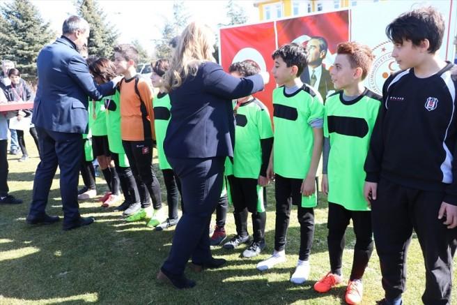 Kayseri'de Okullar arası Küçük Erkekler Futbol İl Birinciliği sona erdi