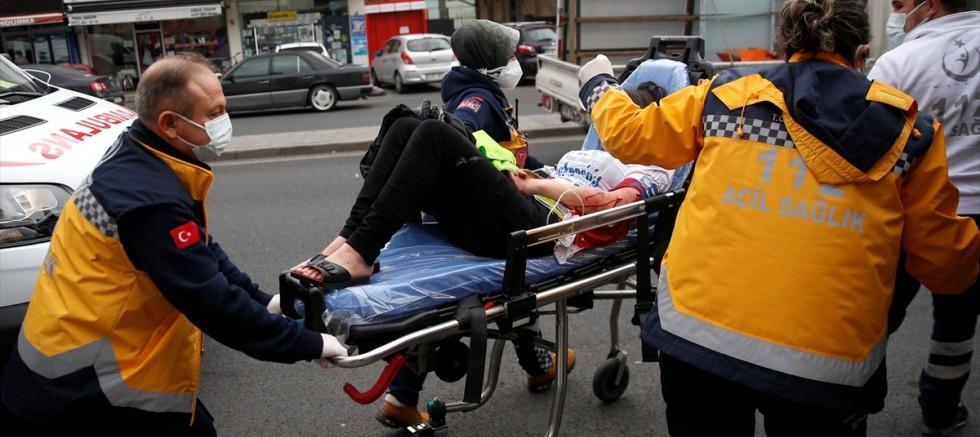 Kayseri' de Suriye uyruklu bir kişi, 2 ablasını bıçakladı