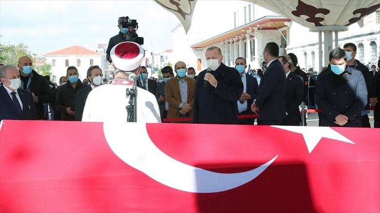 Kayseri' li Eski AK Parti Milletvekili Burhan Kuzu son yolcuğuna uğurlandı
