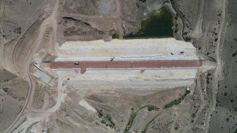 Kayseri Pınarbaşı Karamanlı Barajı'nda çalışmalar devam ediyor