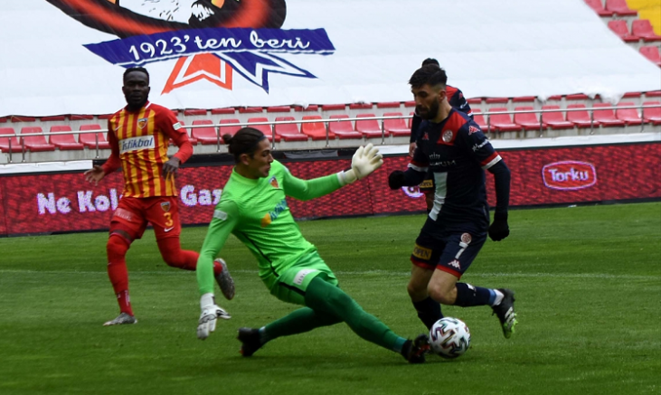 Kayserispor Antalyaspor' a evinde 1-0 yenildi