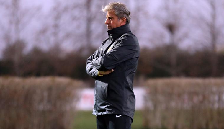 Kayserispor'da teknik direktör Hamzaoğlu ilk antrenmanına çıktı