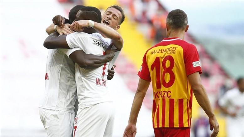 Kayserispor evinde Sivasspor 'a 3-1 yenildi