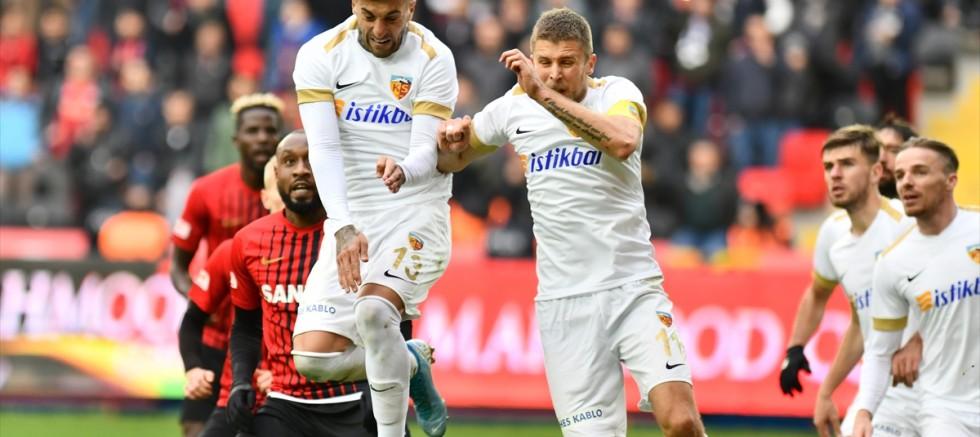 Kayserispor Gaziantep' de  farklı yenildi 0-3