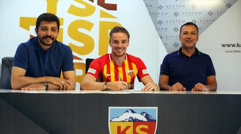 Kayserispor Hollandalı  Rienstra ile sözleşme imzaladı