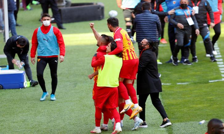 Kayserispor sahasında Göztepe ile 1-1 berabere kaldı