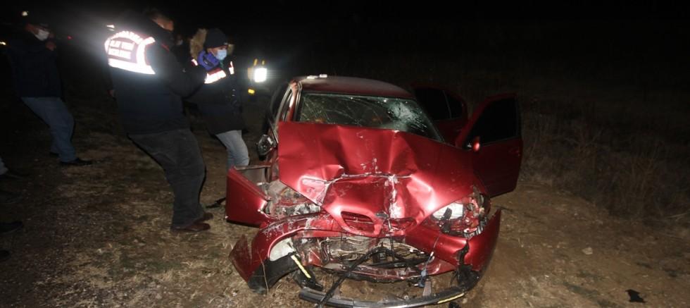 Konya'da yolcu otobüsü ile otomobil çarpıştı 1 kişi öldü