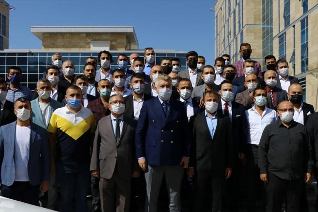 MHP Kayseri İl Başkanı Serkan Tok mazbatasını aldı