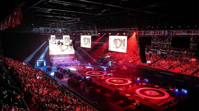 Milli güreşçiler Polonya'da  5 madalya kazandı