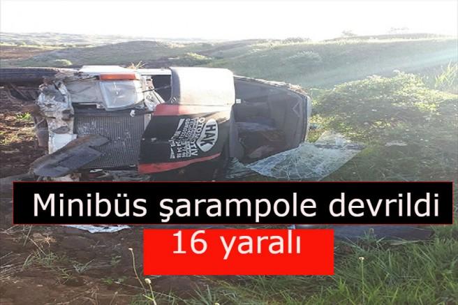 Minibüs şarampole devrildi: 16 yaralı