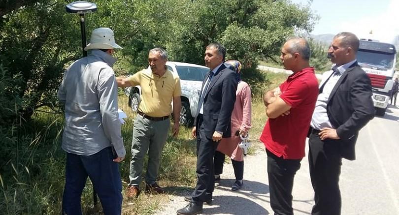 Sarız'da yol yapım ve genişletme çalışması