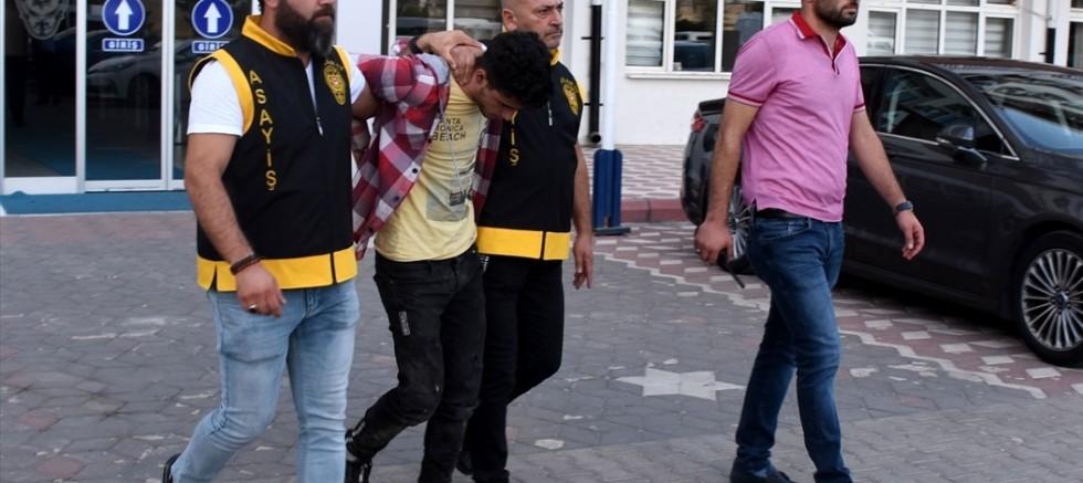 Sınır dışı edilmek istenen Suriyeli firar etti