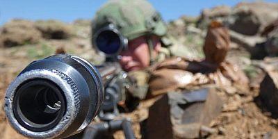 Pençe-3 Operasyonu'nda yeni safha:'' Komandolar bölgeye indirildi ''
