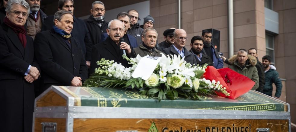 Tener Coşkun, CHP Genel Merkezi'nde düzenlenen törenle son yolculuğuna uğurlandı