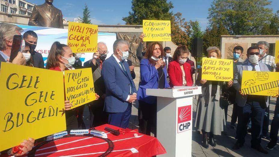 Ümit Özer: AK Parti' nin Kayseri'ye müjdelediği Yüksek Hızlı Treni gördünüz mü