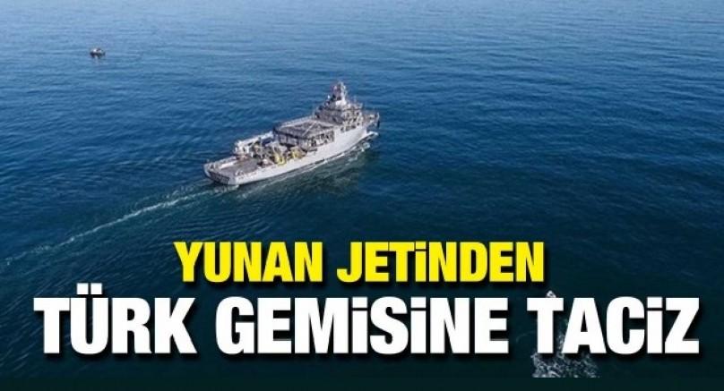 Yunan uçaklarından Ege'de Türk gemisine taciz