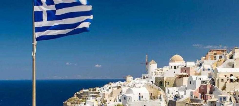 Yunanistan ekonomisi çöküşte  son çeyrekte yüzde 14 küçüldü
