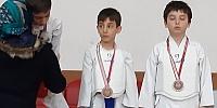 Oğlum Mehmet'in ilk maçı MAVİ kuşaklı olan oğlum Mehmet...